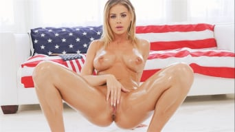 Jessa Rhodes in 'Wet and Wild on Independence Day'
